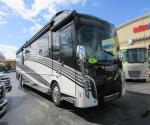 2017 Winnebago GRAND TOUR